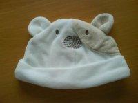 feecy bear hat.jpg
