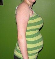 cropped 20 week tummy.jpg